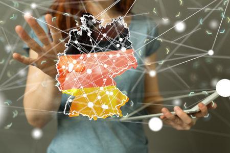 Vernetzte Deutschlandkarte mit verschiedenen Standorten
