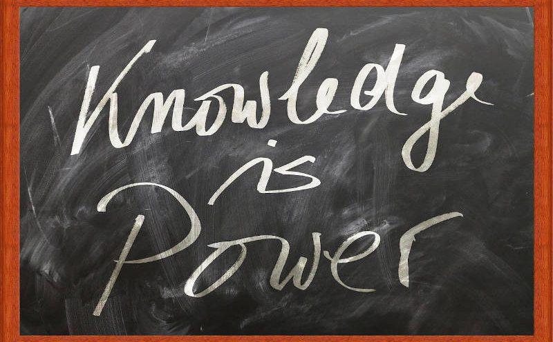 Knowledge is Power Schriftzug